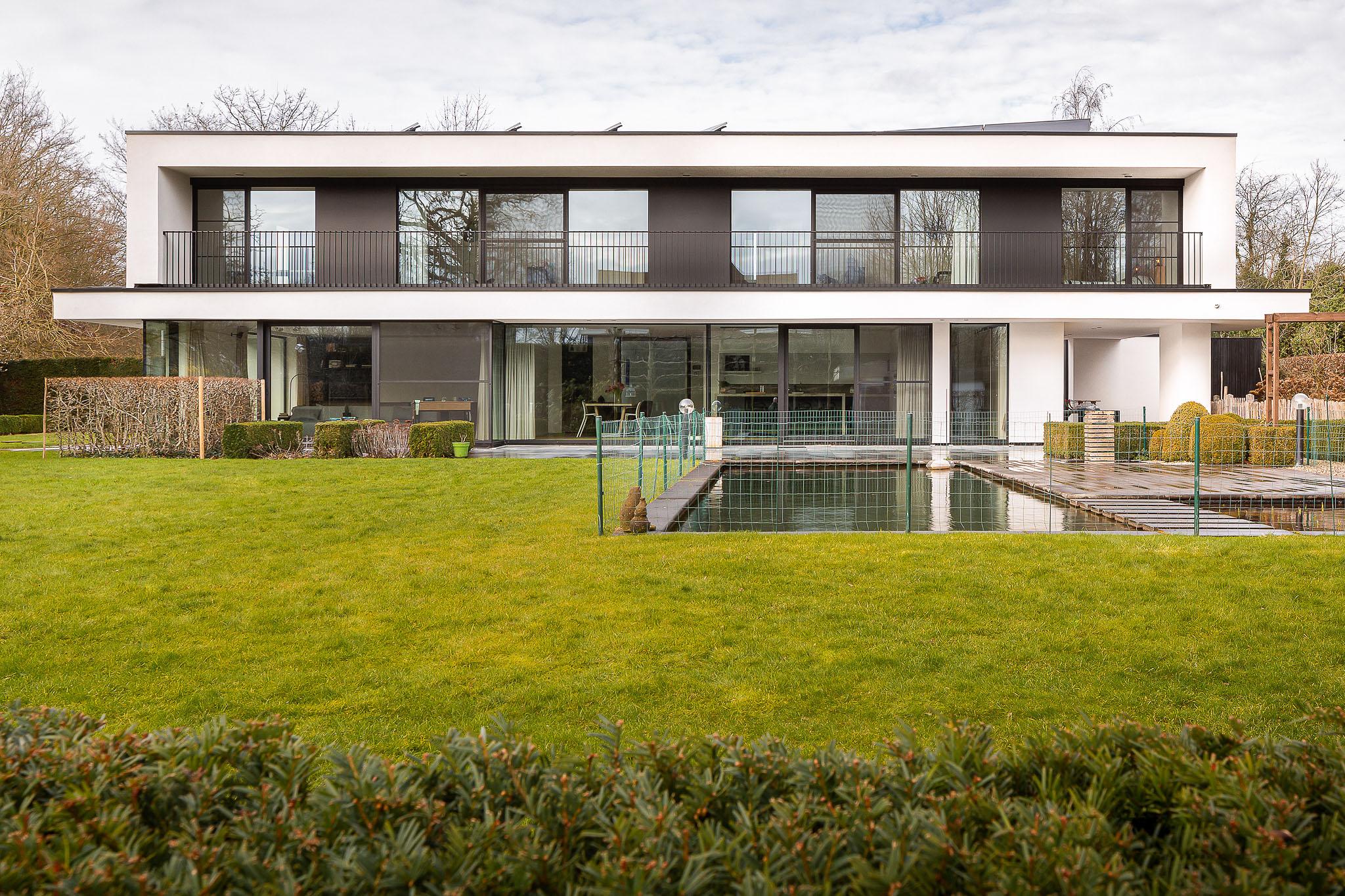 House DB